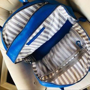 lululemon athletica Bags - LuluLemon Yoga Workout Duffle Bag/Mat Carrier